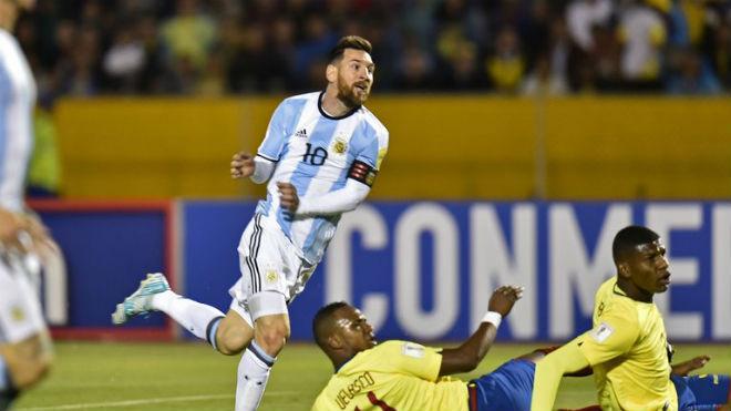 """Messi - Ronaldo chờ đấu người quen, dễ có """"bảng tử thần"""" World Cup 2018 - 3"""