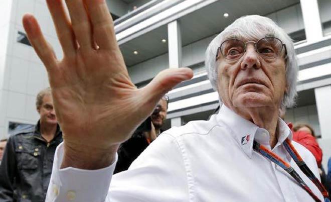 """Đua xe F1: """"Giao tiếp"""" bằng Facebook, đế chế thể thao cuốn hút trở lại 1"""