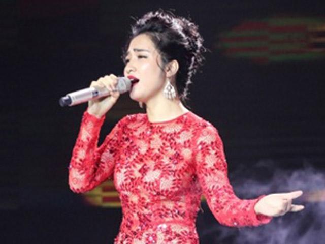 Lần đầu hát Bolero, Hoà Minzy gây sốt cộng đồng mạng