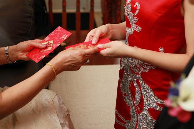 Tẽn tò khi bỗng nhận được thiệp cưới của người biết mà không quen - ảnh 2