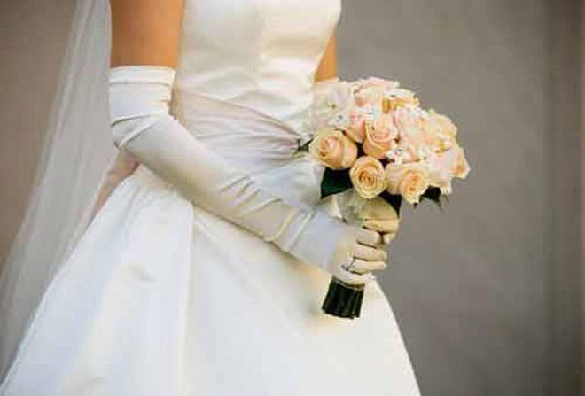 Tẽn tò khi bỗng nhận được thiệp cưới của người biết mà không quen - ảnh 1