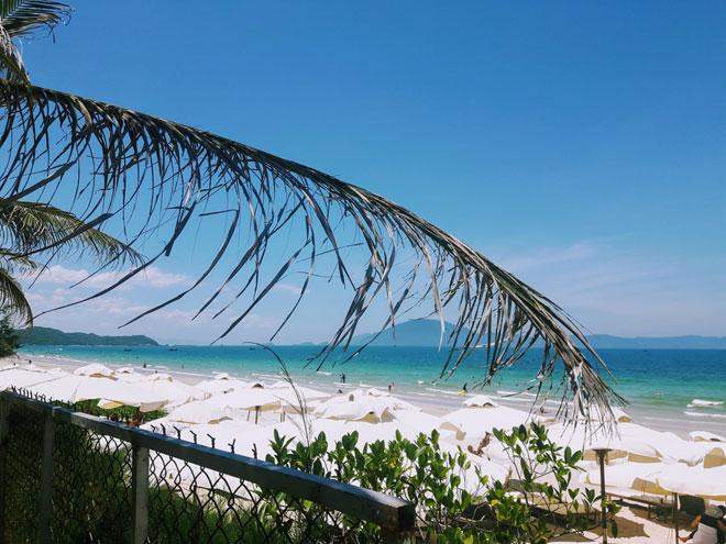 """Ở Nha Trang có một bãi biển đẹp """"thần sầu"""", chẳng kém gì Hawai - 2"""
