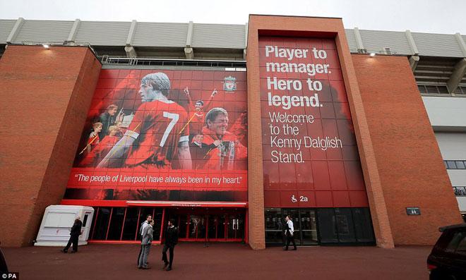 TRỰC TIẾP bóng đá Liverpool - MU: The Kop tri ân huyền thoại trước đại chiến 19