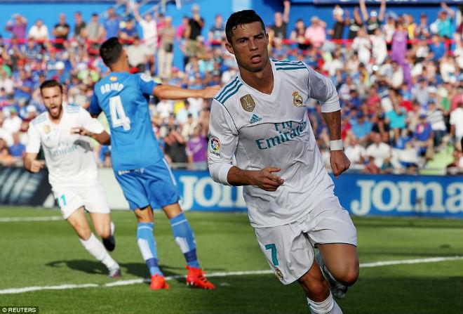 Ronaldo phá dớp, Real vượt kỉ lục Barca vẫn lo ngay ngáy - 1