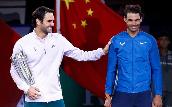 """""""Cáo già"""" Federer 5 lần liên tiếp hạ Nadal: 2 chiêu bẻ sừng bò tót 1"""