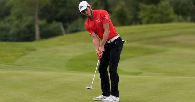 Golf 24/7: Quá quyến rũ, nữ golf thủ lại được mời tới giải triệu đô 3
