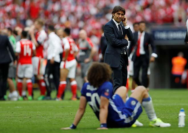 Thảm họa Chelsea: Lời nguyền khốc liệt, Conte lo mất ghế vào tay Ancelotti 2