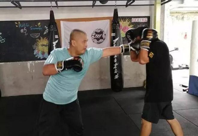 Võ Trung Quốc dậy sóng: Cao thủ Thái Cực thua Từ Hiểu Đông đi học MMA 3