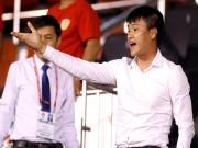 """Chủ tịch Công Vinh và 3 lần dùng  """" bài Chí Phèo """"  ở V-League"""