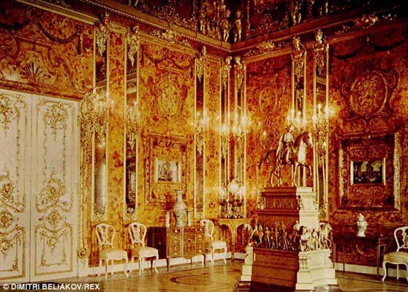 Tìm thấy phòng hổ phách dát vàng 265 triệu USD của Hitler? - 2