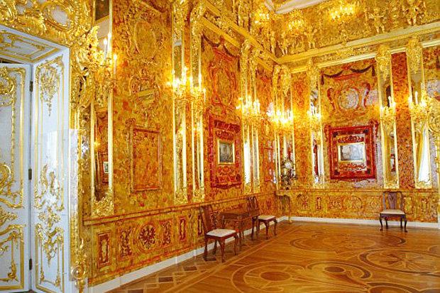 Tìm thấy phòng hổ phách dát vàng 265 triệu USD của Hitler? - 1