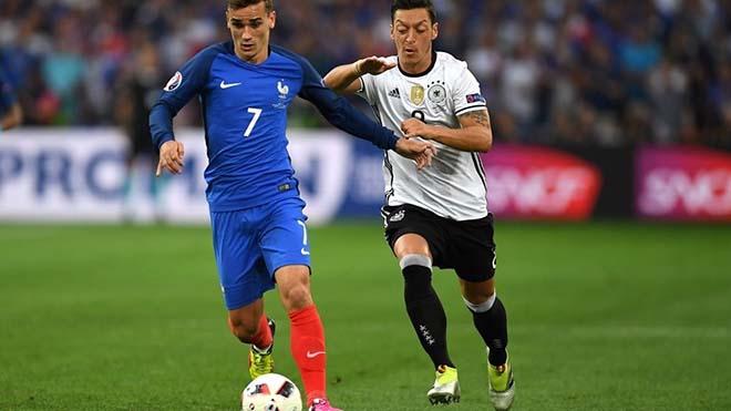 """MU vỗ về Mourinho: Lương siêu khủng, """"thả ga"""" tậu Griezmann & Ozil - 2"""