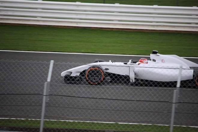 """Đua xe F1: """"Chuyển nhượng"""" vào mùa, bài toán đau đầu tìm tay đua 1"""
