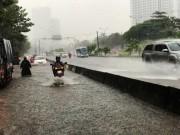 Kết quả bất ngờ khi máy bơm  quái vật  hút nước ở rốn ngập Sài Gòn