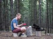 """"""" Soái ca """"  bán nhà, bỏ việc để du lịch cùng mèo cưng"""