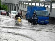 Hé lộ nguyên nhân  quái vật  hút nước  bó tay  khiến phố Sài Gòn thành sông