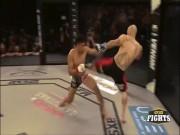 """MMA: 9 giây,  """" Trai hư """"  dìm cao thủ xuống vũng lầy sự nghiệp"""