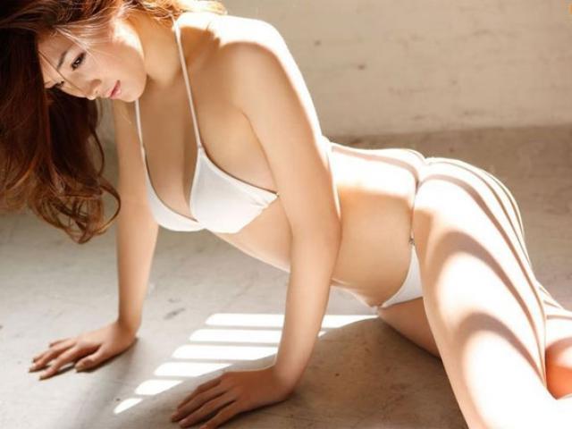 """Khó tin mỹ nhân Nhật gợi tình này đã bước sang tuổi """"băm"""""""
