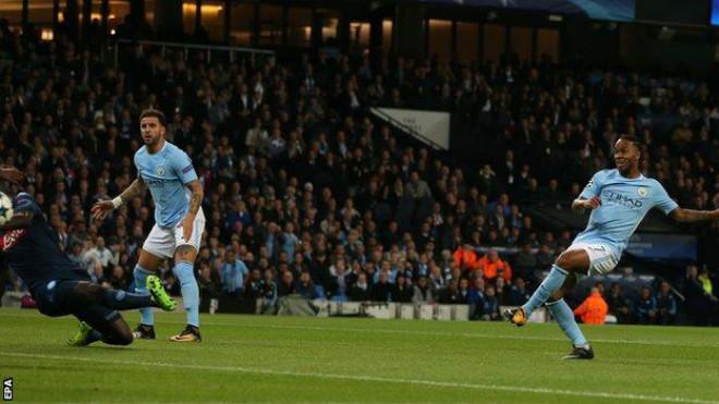 Man City hạ Napoli: 39 bàn khủng nhất châu Âu, Pep vẫn khiêm tốn 1