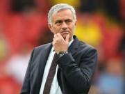 """MU  """" xấu xí """" : Bị phản đối, Mourinho không mơ gắn bó trọn đời"""