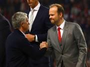 Mourinho tính bỏ MU: Khó ở vì bị sếp lớn  chọc ngoáy
