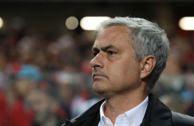 """MU tưng bừng rồi tẻ nhạt: Mourinho & """"bí quyết Donald Trump"""" 2"""