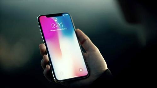 """iPhone X giá """"chát"""", nhưng điều nó làm cực lớn lao - 2"""