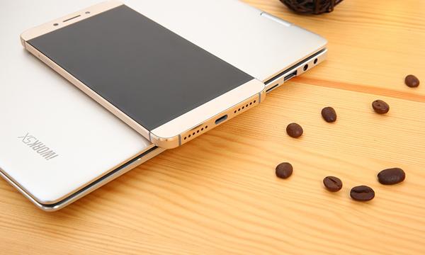 """Giới công nghệ """"phát sốt"""" với smartphone chíp 10 nhân, Ram 3G giá không tưởng - 1"""
