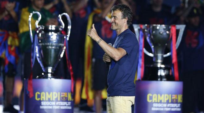 """MU bất bại, Mourinho vẫn dễ """"bay ghế"""" vì người cũ Barca 3"""