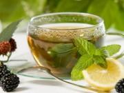 Loại bỏ những phản ứng phụ cần tránh của trà xanh