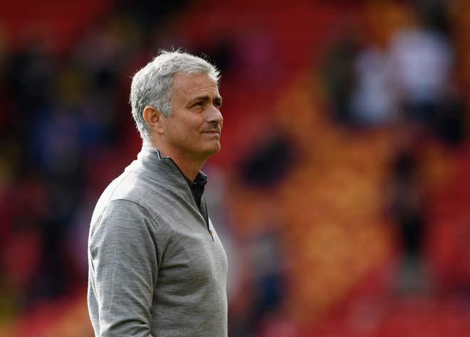 Mourinho lo không thể kết thúc sự nghiệp ở MU 1