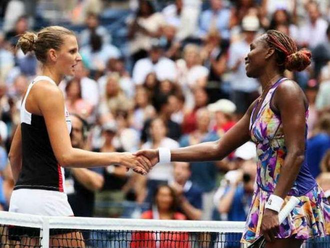 Cập nhật WTA Finals ngày 1: Người đẹp thắng thế 3