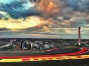 """Đua xe F1, chạy thử US GP:  """" Đá văng """"  vật cản, thiên đường thênh thang"""