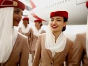 Tiếp viên xinh đẹp của hãng hàng không cao cấp nhất  thôi miên  hành khách bằng cách này