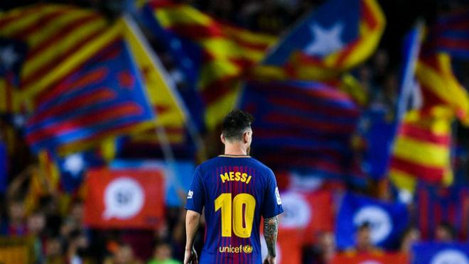 """Barcelona quyết định đi - ở: Real """"gai mắt"""", MU – Arsenal mừng thầm 3"""