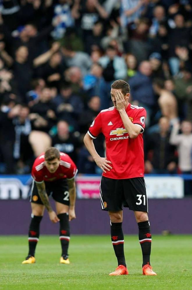 MU - Mourinho thua trận đầu: Tỉnh giấc để bước tiếp hay trượt dài trong cơn mê 1