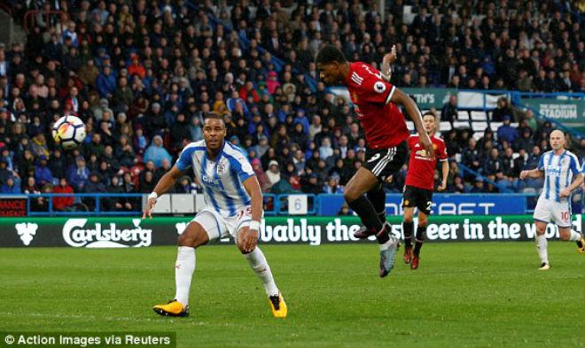MU - Mourinho thua trận đầu: Tỉnh giấc để bước tiếp hay trượt dài trong cơn mê 2