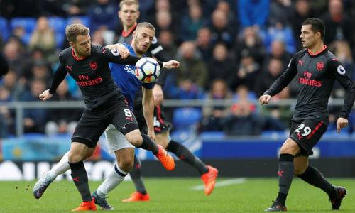 """Chi tiết Everton - Arsenal: Đỉnh cao Sanchez, """"nhát kiếm"""" đau đớn (KT) 20"""