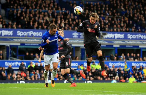 """Chi tiết Everton - Arsenal: Đỉnh cao Sanchez, """"nhát kiếm"""" đau đớn (KT) 23"""