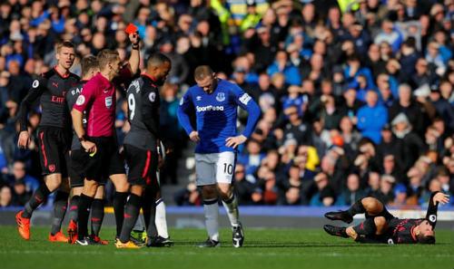 """Chi tiết Everton - Arsenal: Đỉnh cao Sanchez, """"nhát kiếm"""" đau đớn (KT) 24"""