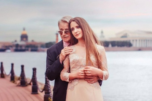Cụ ông 86 tuổi kết hôn với nữ sinh xinh đẹp nước Nga bây giờ ra sao? - 7