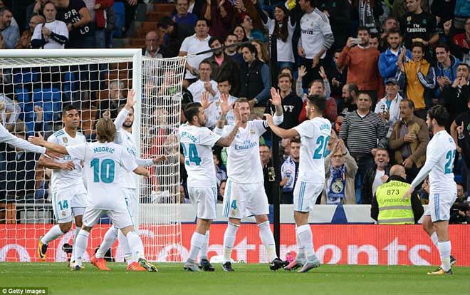 HLV xuất sắc nhất 2017: Đế chế của Zidane, Ngoại hạng Anh chờ đón - 2