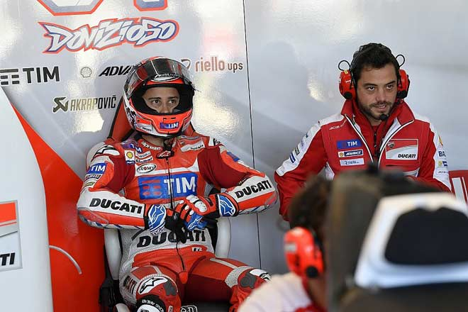 Đua xe MotoGP: Tính toán cáo già và thần may mắn hỗ trợ 2