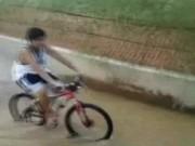 Có những kẻ nên đi bộ hơn là đi xe đạp