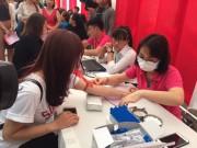 500 nhân viên Deaura hào hứng tham gia Ngày Chủ nhật Đỏ