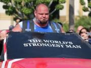 """Kéo 21 tấn:  """" Thần Thor """"  choáng, lực sỹ khỏe nhất hành tinh cũng thua"""