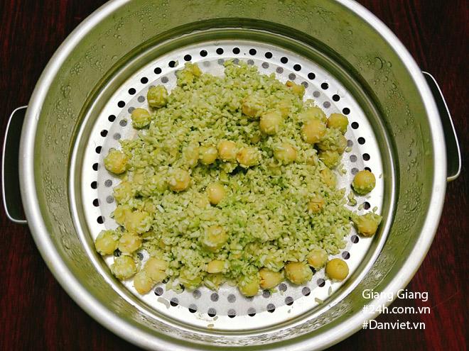Bữa sáng mùa thu ấm bụng với xôi lá dứa hạt sen thơm dẻo - 7