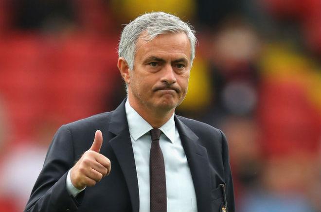 """Tin HOT bóng đá tối 24/10: """"Mourinho nên cho cầu thủ MU ăn đấm"""" - 3"""