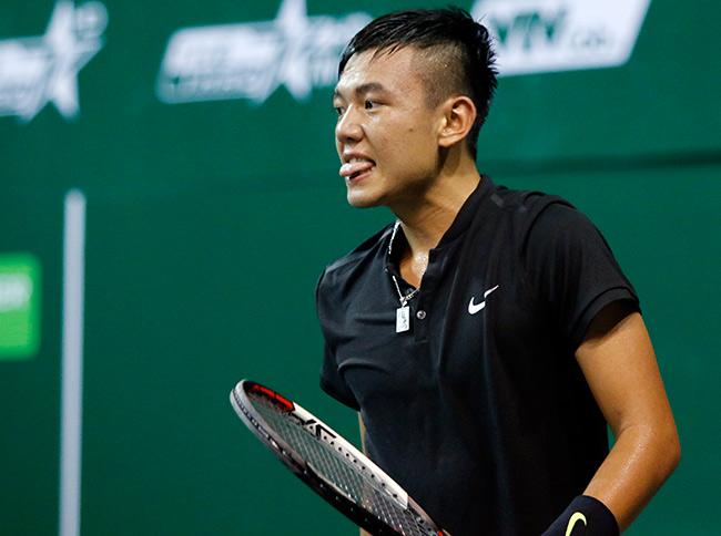 Hoa khôi quần vợt tiếp lửa Hoàng Nam ra quân Vietnam Open 11