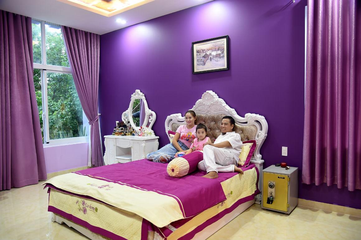 Ngôi nhà màu tím hơn 100 m2 gần triệu đô của nghệ sĩ hài Hồng Tơ - 10